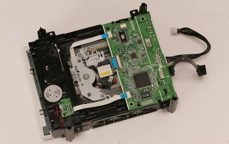 Ремонт и замена привода Xbox 360