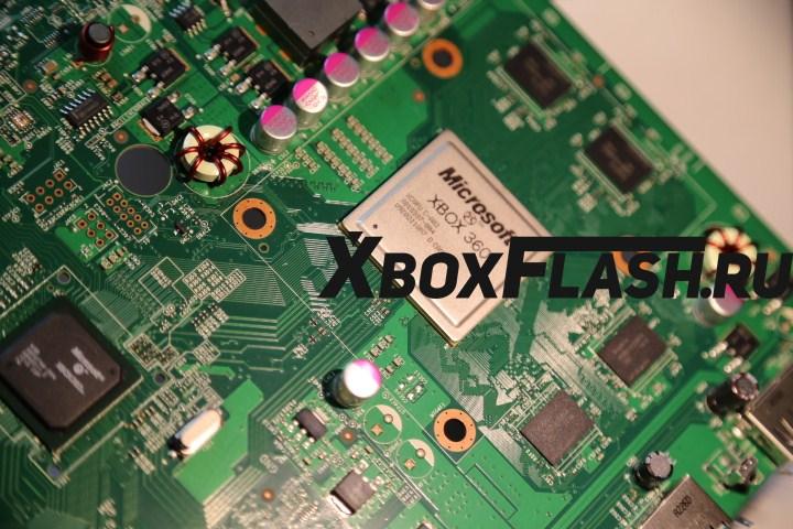 remont-XBox-360-Slim-10