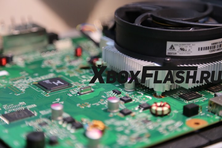 remont-XBox-360-Slim-18