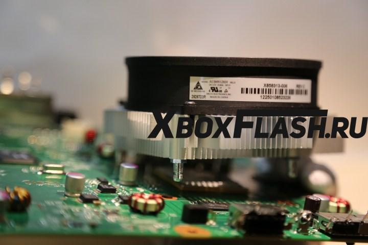 remont-XBox-360-Slim-20